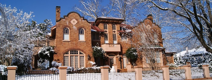 700x265_adair_mansion_snow