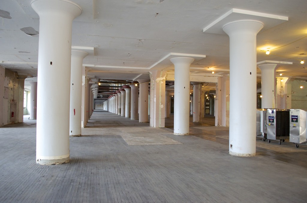 This shot shows how endless the space appears when you're inside. The restored original columns are awe-inspiring.