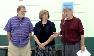 VHCA Board President Jack White (r) introduces Aaron Gross Award recpient Pamela Papner while former board members John Wolfinger and Winnie Currie look on.